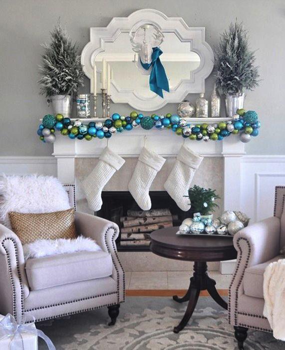 decoracion-para-chimeneas-en-navidad-calcetines